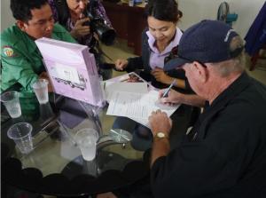 Choice-Cambodia-Truck-kaufen-Vertrag